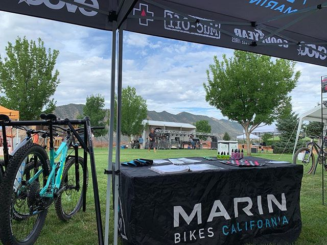 Shaping up to be a good day. Rides and Reggae starts today. I'll be here all day. Jam out and have #yourbestride #allthetraction marinbikes #evocusa #mucoff #mucoffdrylube #evocprotection #alpinetrail