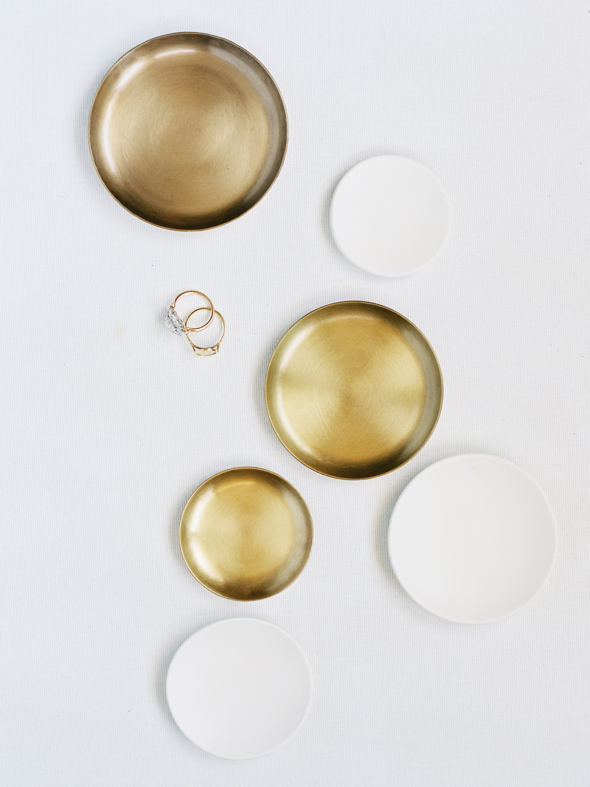 New Styling Dishes - PORCELAIN & BRASS DISH SETS