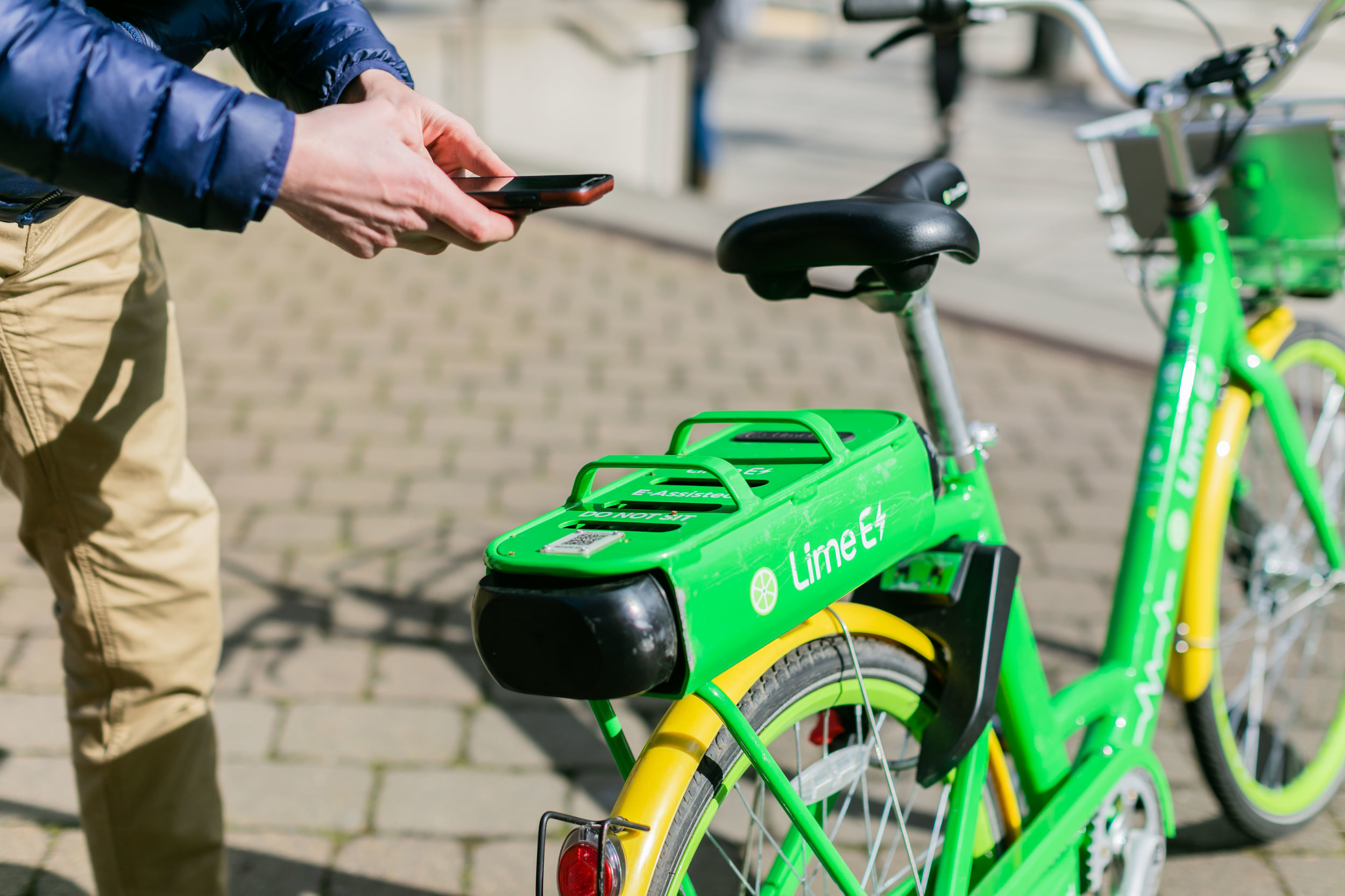 Easily unlock a bike using your smartphone.