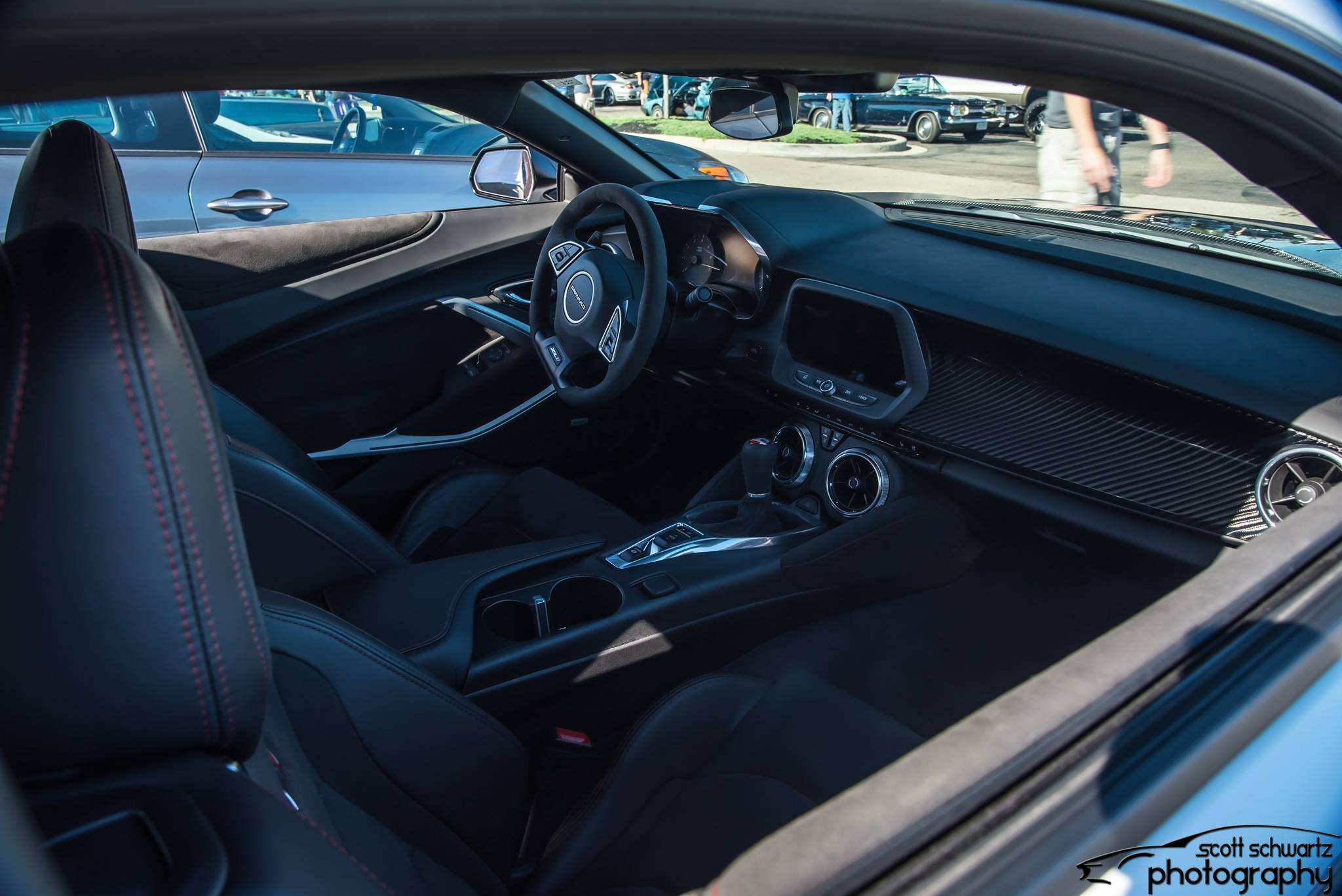 Camaro ZL1 1LE - Interior Right.jpg