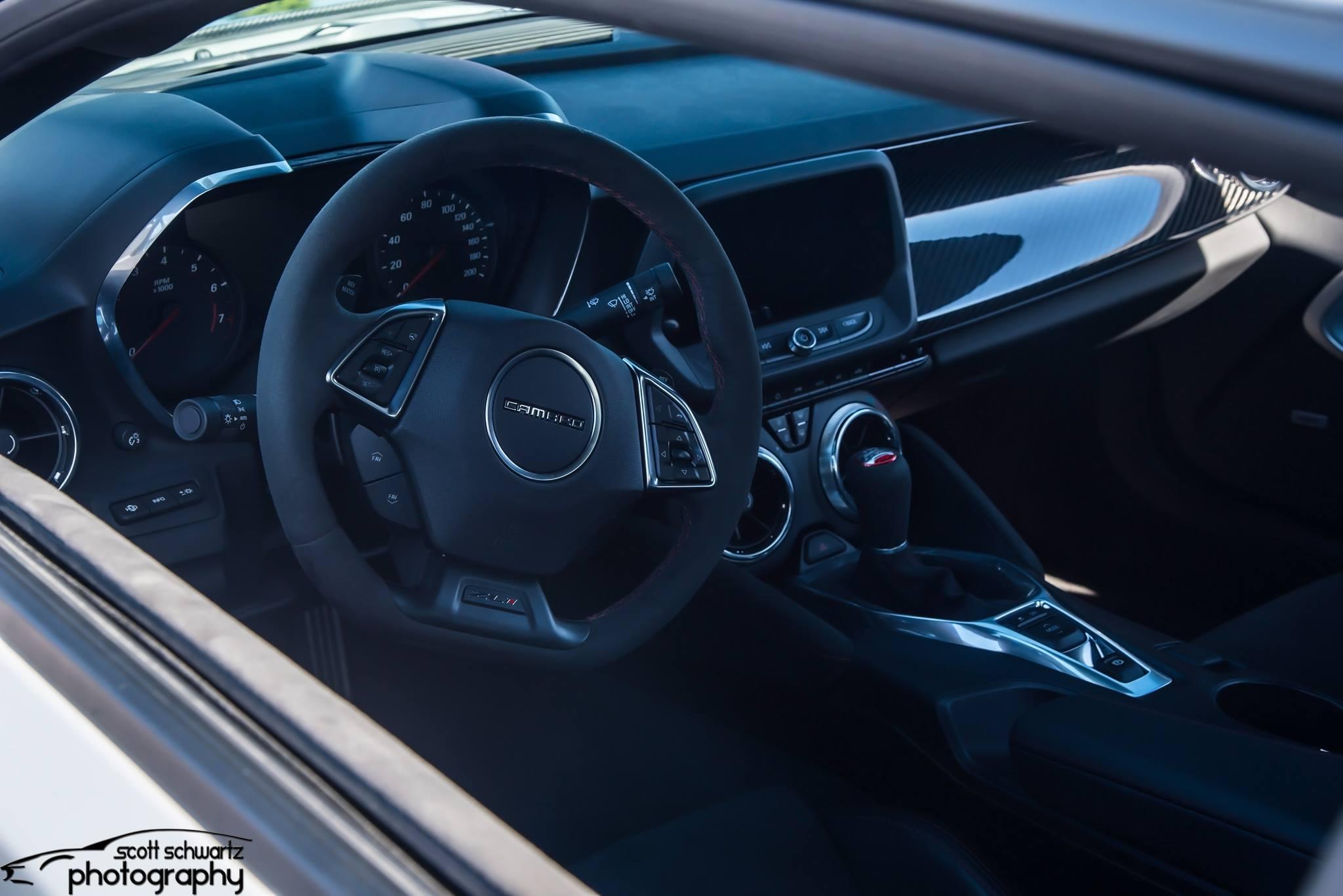 Camaro ZL1 1LE - Interior.jpg