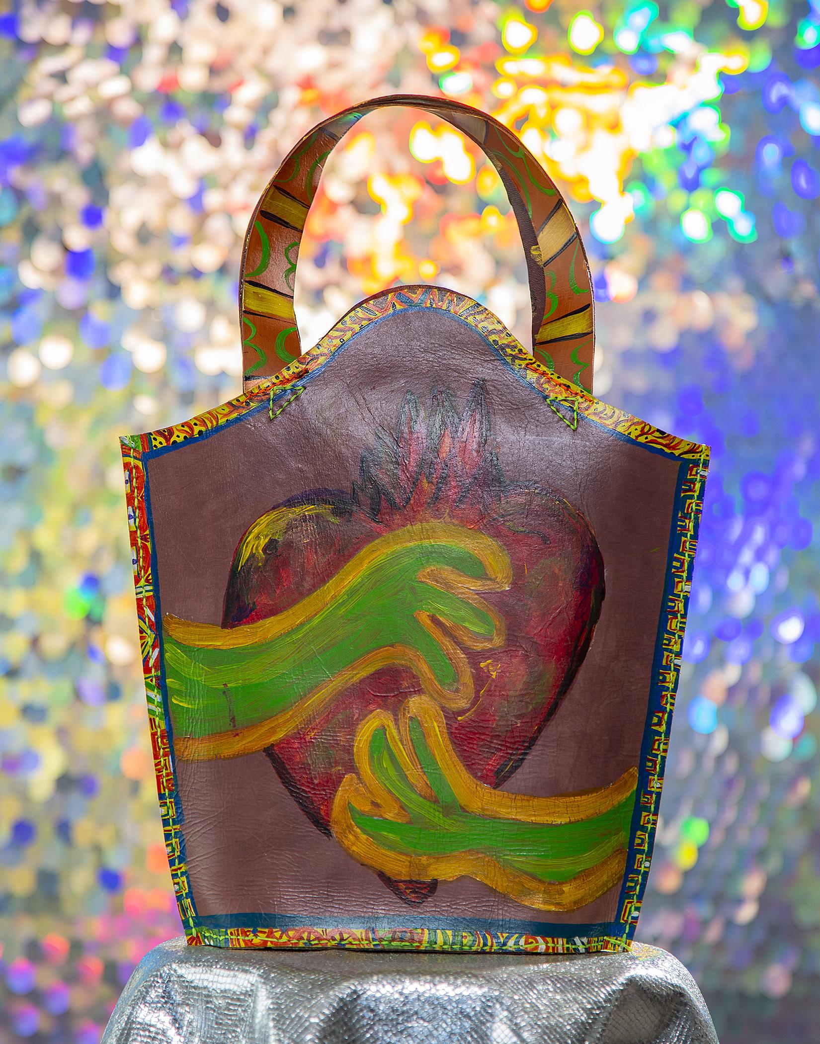 002_bag_front.jpg