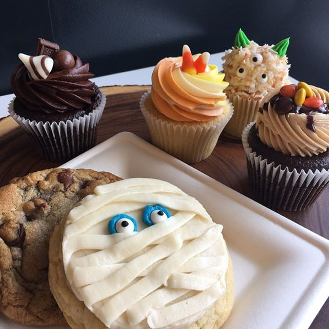 Our treats are all dressed up and ready to PARTY! 😋🎉🎃