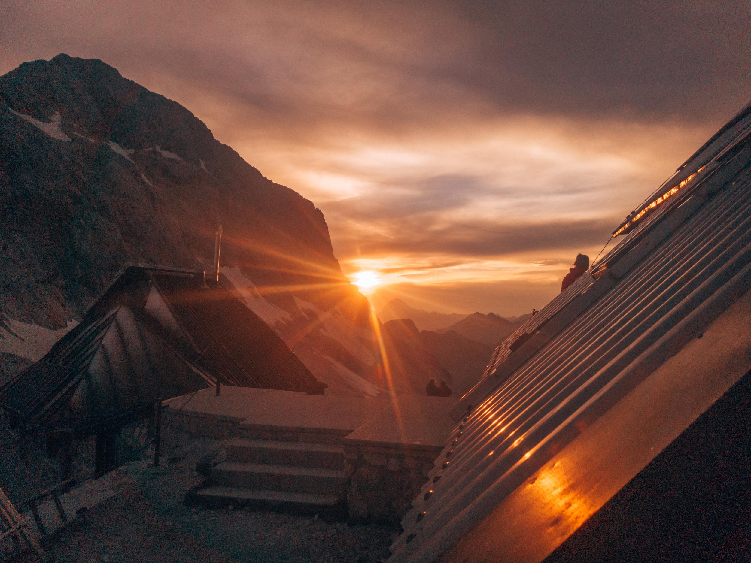 How Tom became a true Slovene - Craving Adventure - Slovenia - Triglav - Hike - Travel - Blog - Mountain - Sunset