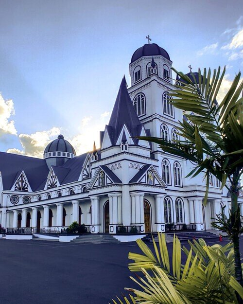 Apia Cathedral Samoa 10 day itinerary travel guide
