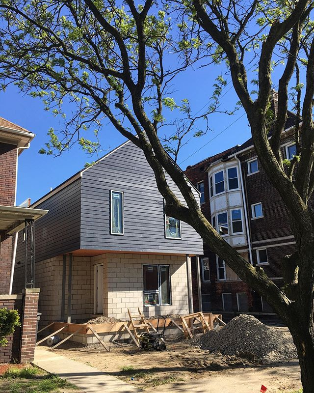 Progress on Mt. Vernon! These single-family homes are coming close to the construction finish line 🏁