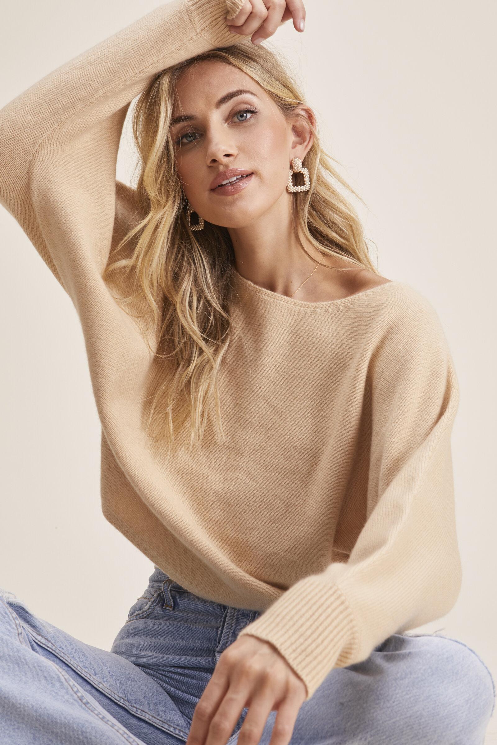 Sweaters_2076.jpg