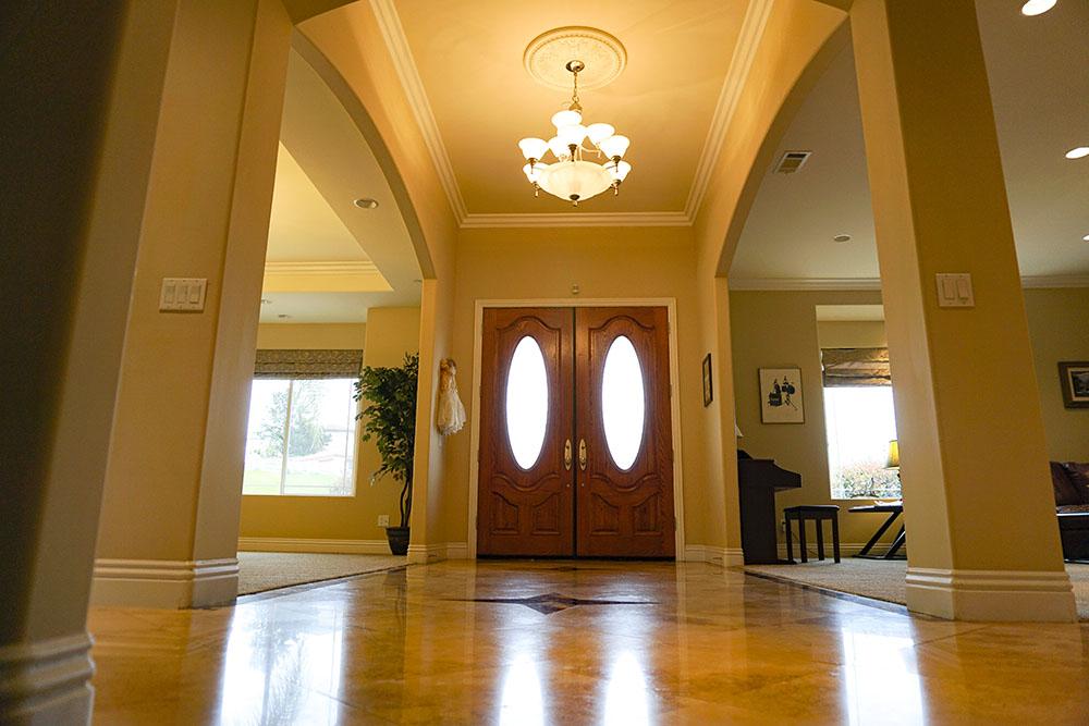 07-interior-foyer.jpg