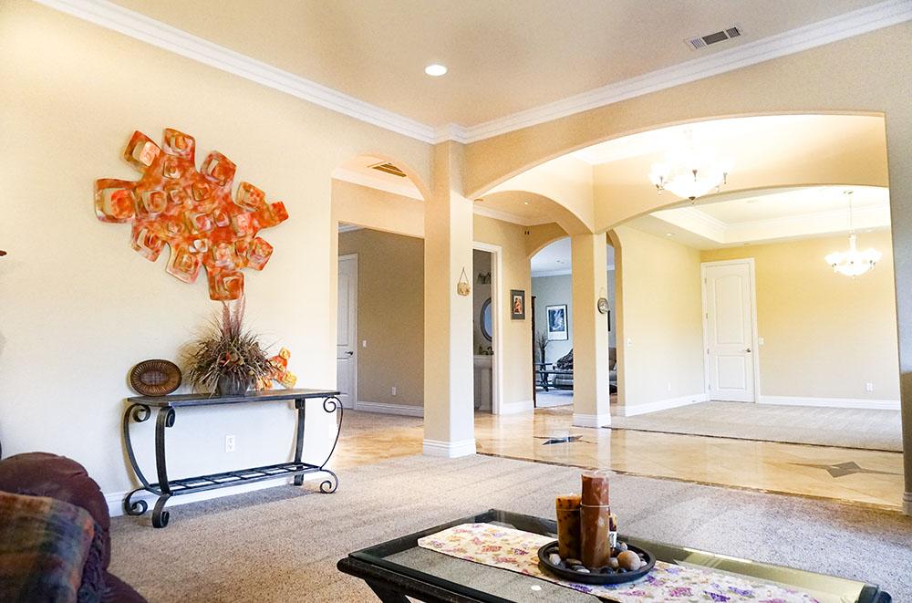 19-living-room.jpg