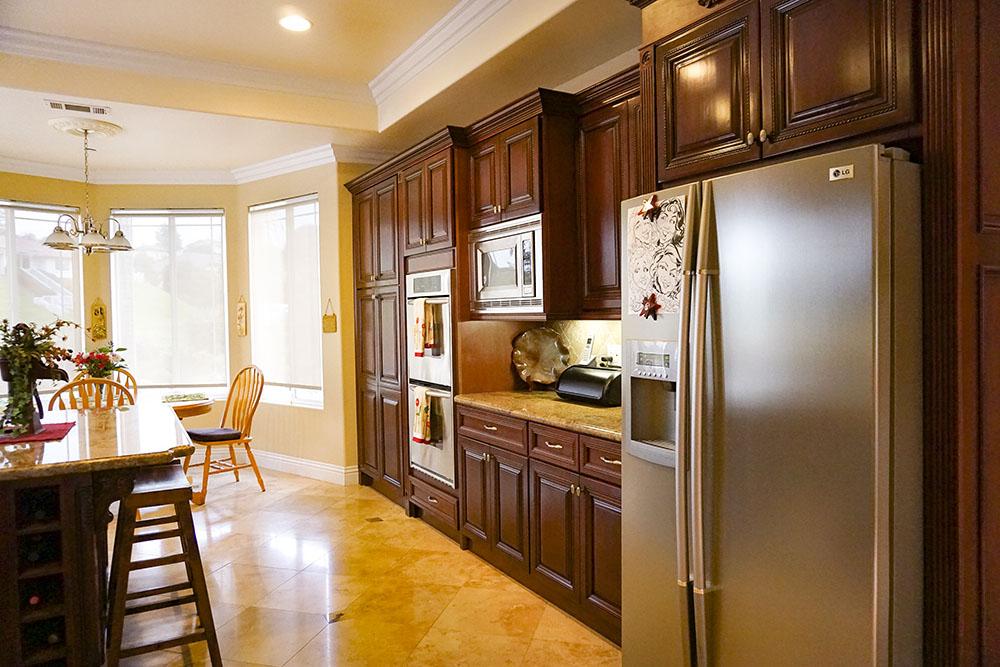 12-kitchen-entry.jpg