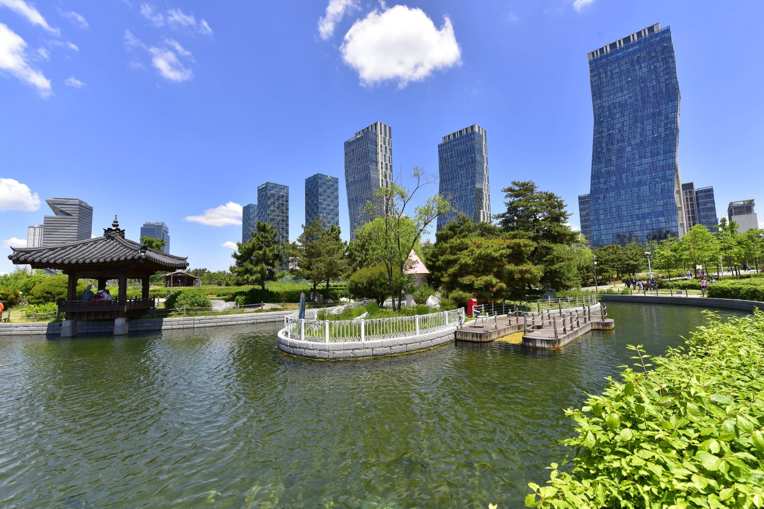 수변 공간과 에너지 자립화 '도시의 가치를 높이는 물'로 차별화된 스마트 시티를…