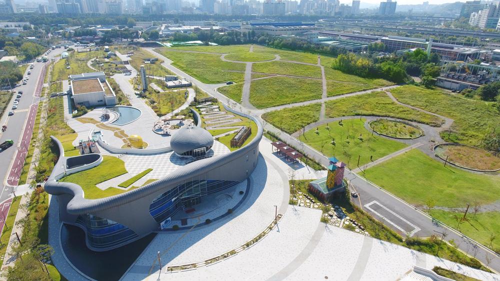 부강테크의 PROTEUS / 생물여과공법(BBF)이 적용된 서울시 중랑물재생센터