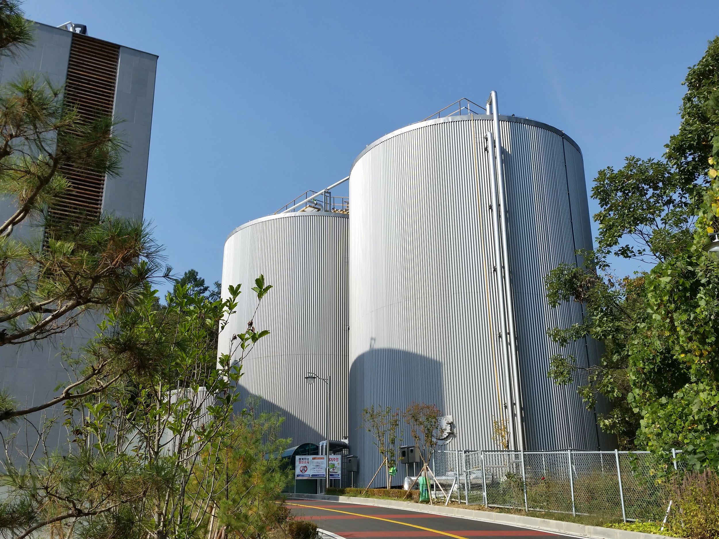 홍천 친환경 에너지타운 가축분뇨 공공처리시설 내 혐기소화조
