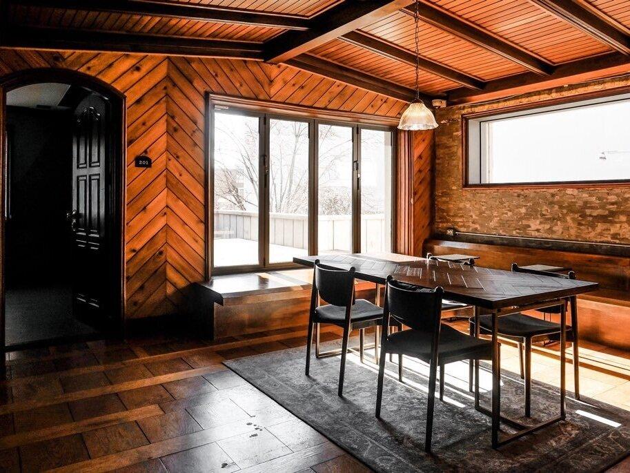 2F / Lounge & Veranda - 라운지 & 테라스