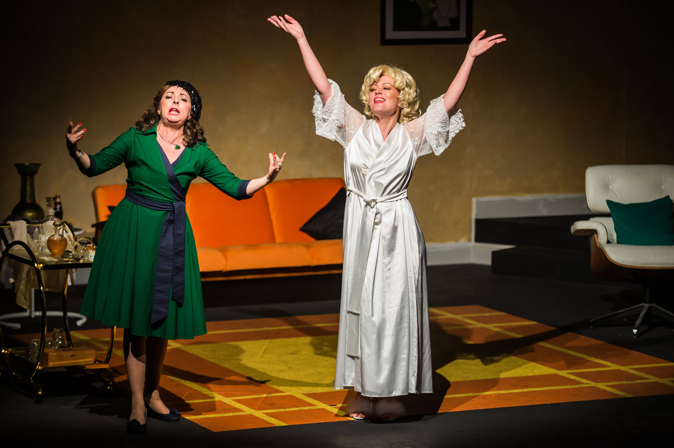 Dark Voyager - An unkindness of aging for Bette and Joan in this stylish offering.