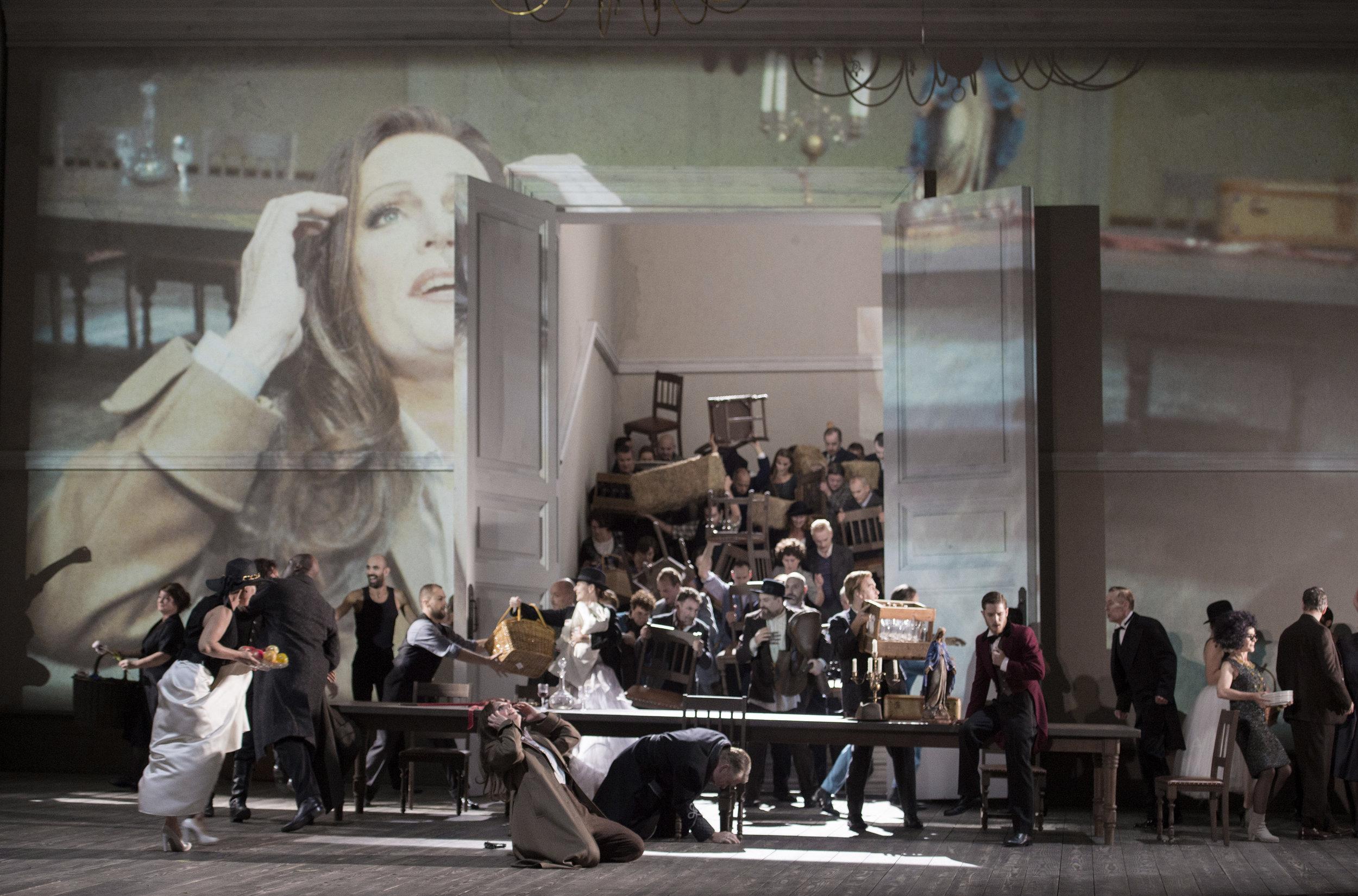 forza_253 La forza del destino at Dutch National Opera (C) Monika Rittershaus.jpg