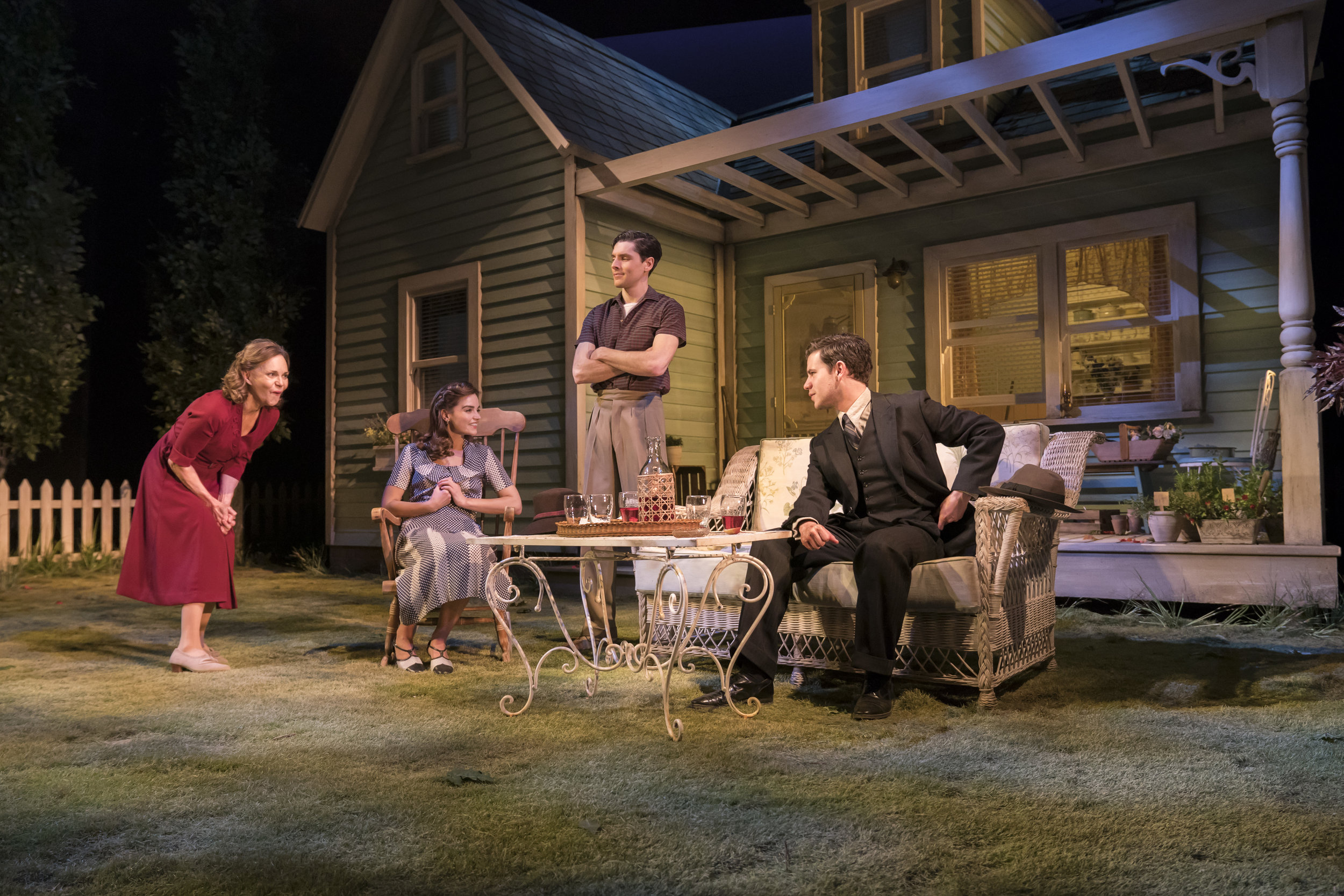 NTL 2019 All My Sons Photography by Johan Persson_06041.jpg