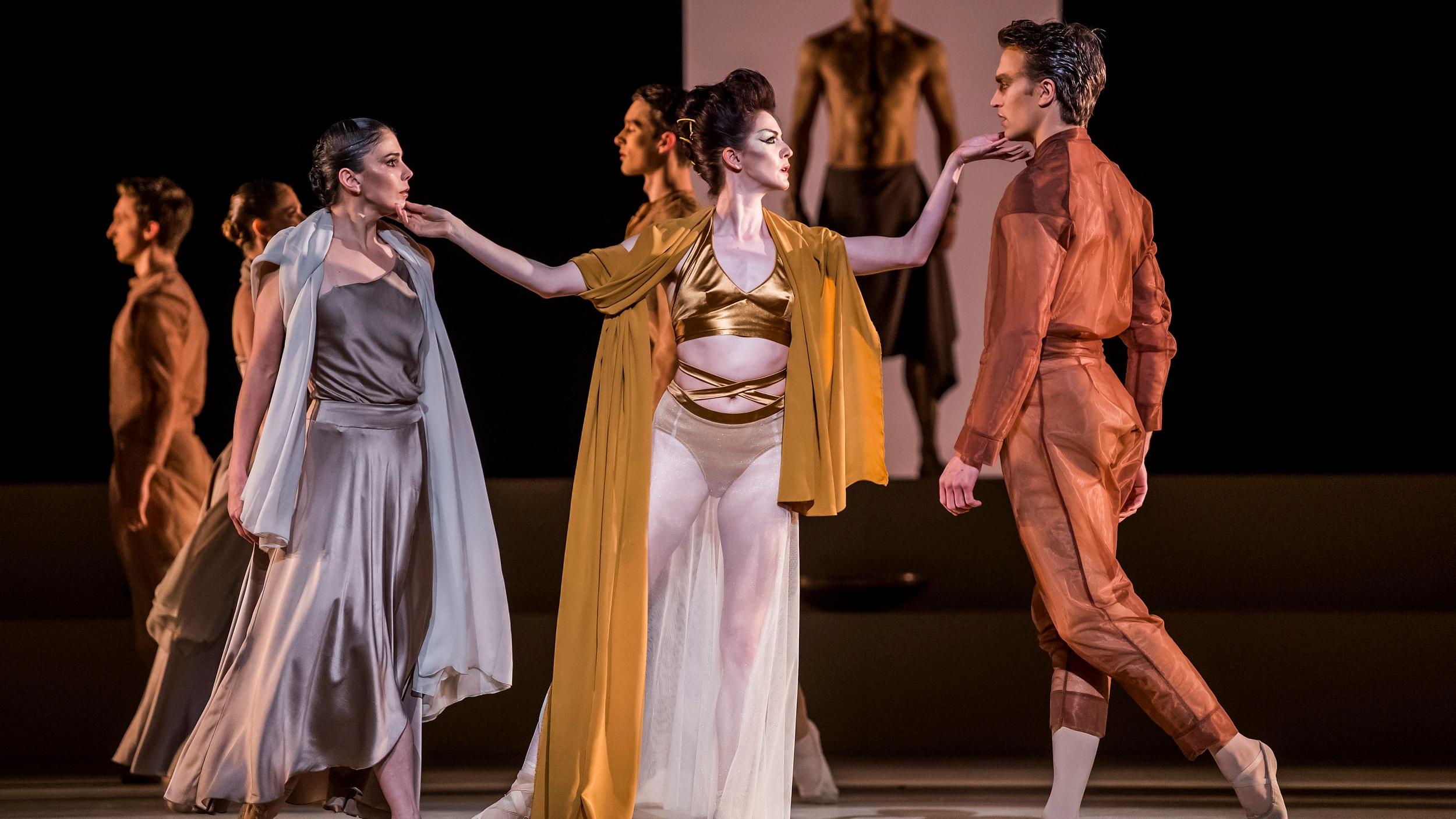 Medusa. Artists of The Royal Ballet. ©ROH, 2019. Ph by Tristram Kenton. (4).jpg