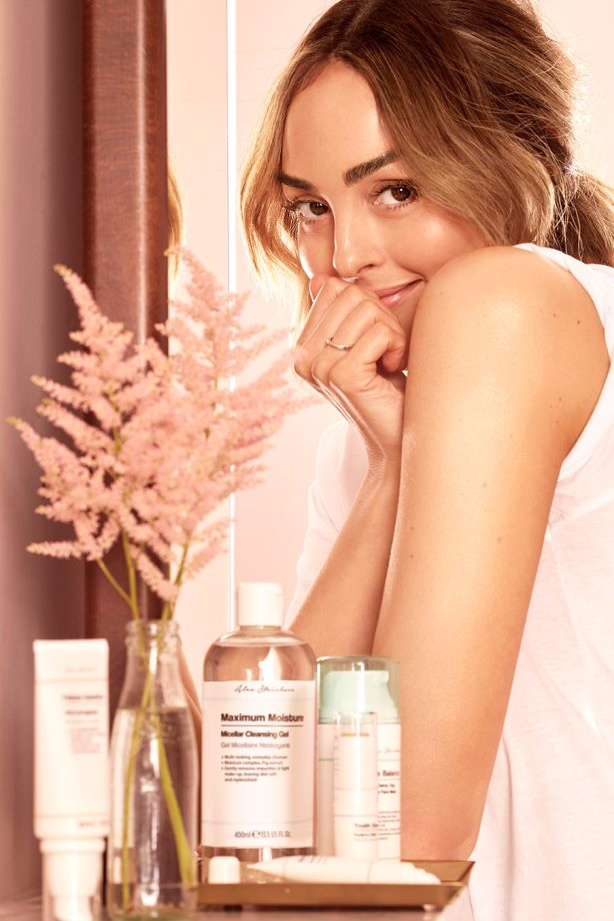 Primark-Meets-Alessandra-Steinherr-Skincare-Collaboration-1000-1506-7-680x1024.jpg