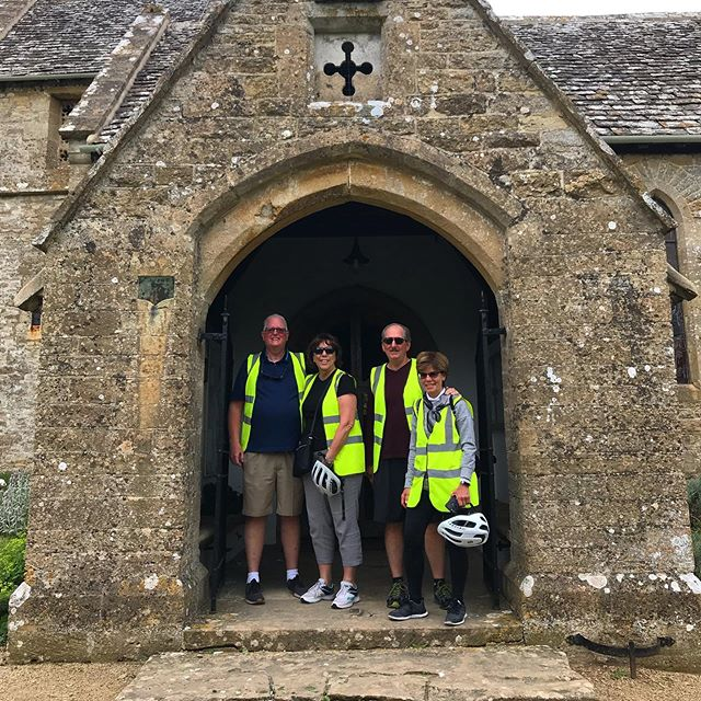 Had a great day showing Mary and her friends around some quieter corners of The Cotswolds. The villages may be a little more off the beaten track, but a pretty church all to ourselves makes it well worth the extra effort. - - - - - - #cotswoldebikes #thecotswolds #cotswolds #countryside #village #cycling #cyclinglife #ebike #electricbike #scottbikes #summer