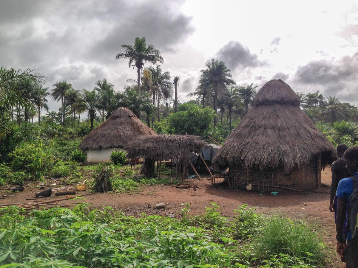 Maronka village 3.jpg