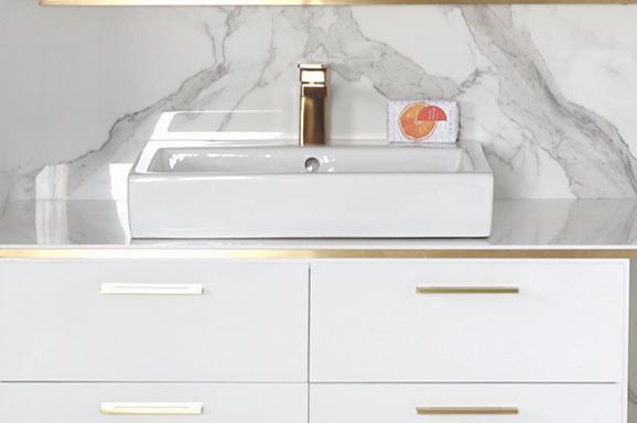 Laacava+white+Brass+Vanity+L324L.jpg