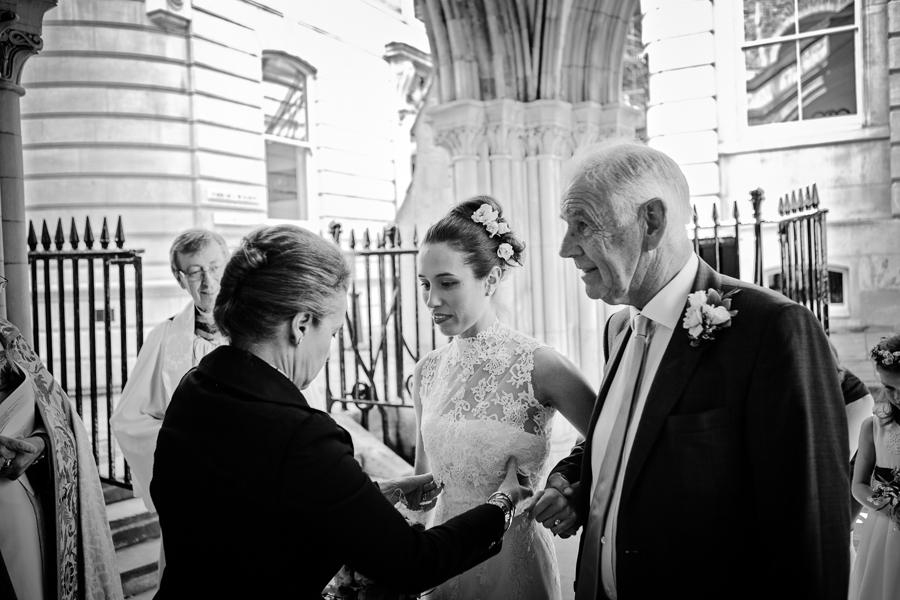 temple-church-london-wedding-photography-008.jpg