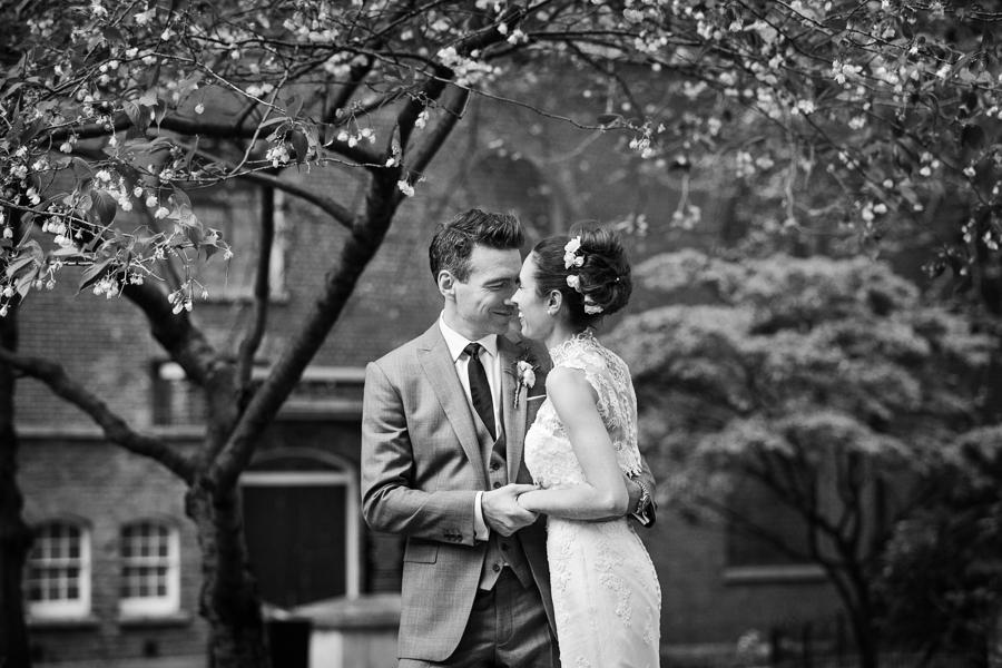 temple-church-london-wedding-photography-022.jpg