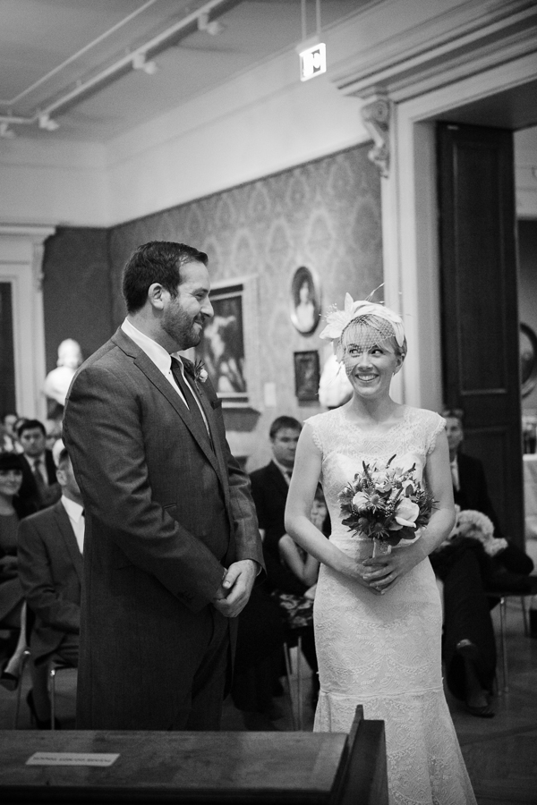 ashmolean-museum-wedding-photography-023.jpg