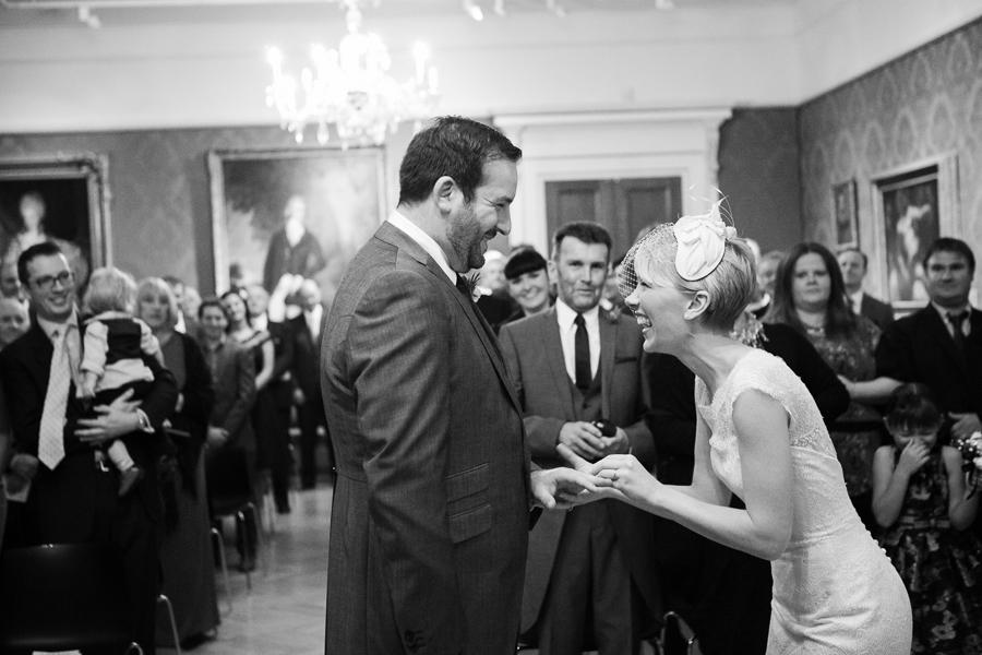 ashmolean-museum-wedding-photography-025.jpg