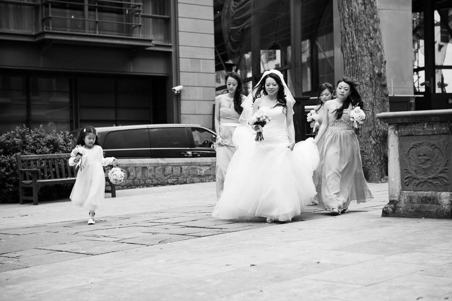st-helens-bishopsgate-wedding-photography-016.jpg