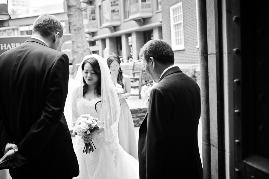 st-helens-bishopsgate-wedding-photography-017.jpg