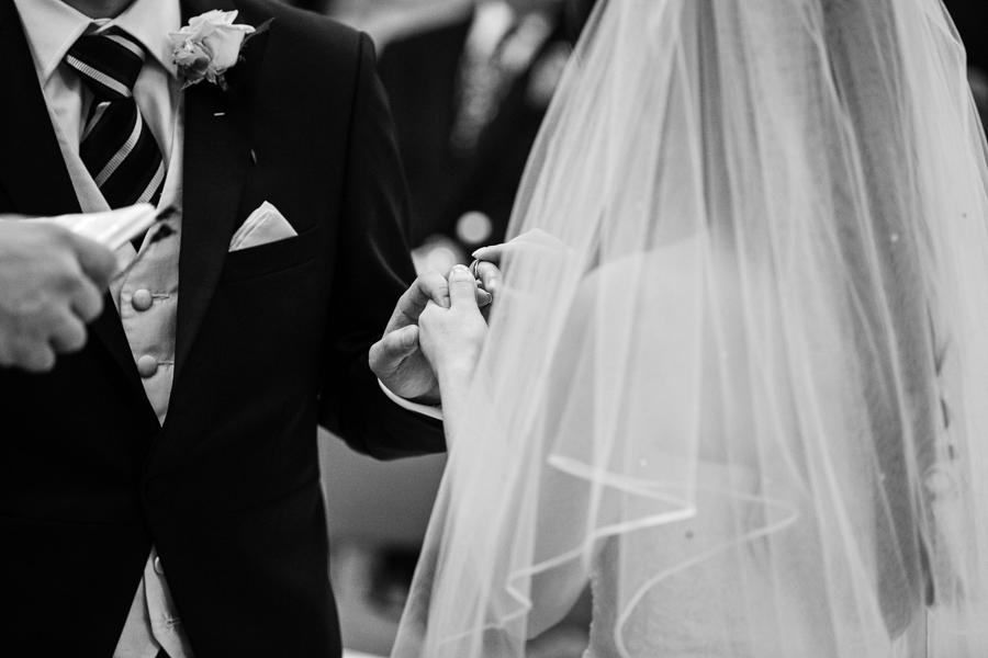 st-helens-bishopsgate-wedding-photography-021.jpg