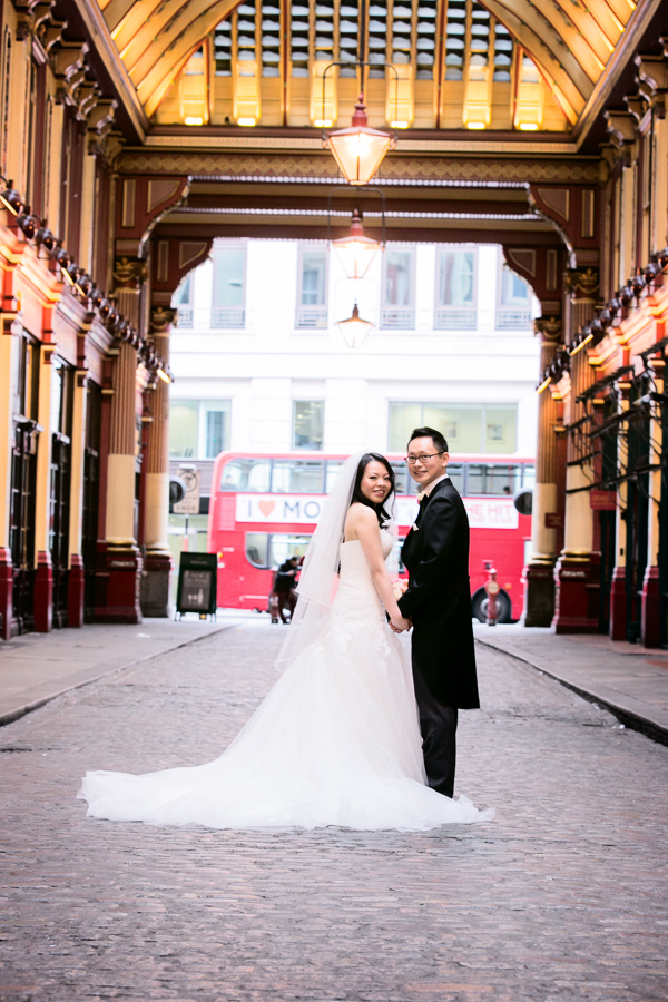 st-helens-bishopsgate-wedding-photography-038.jpg
