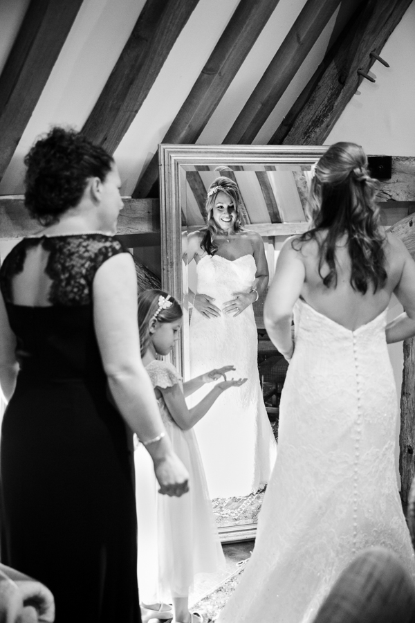 wedding-photography-at-micklefield-hall 08