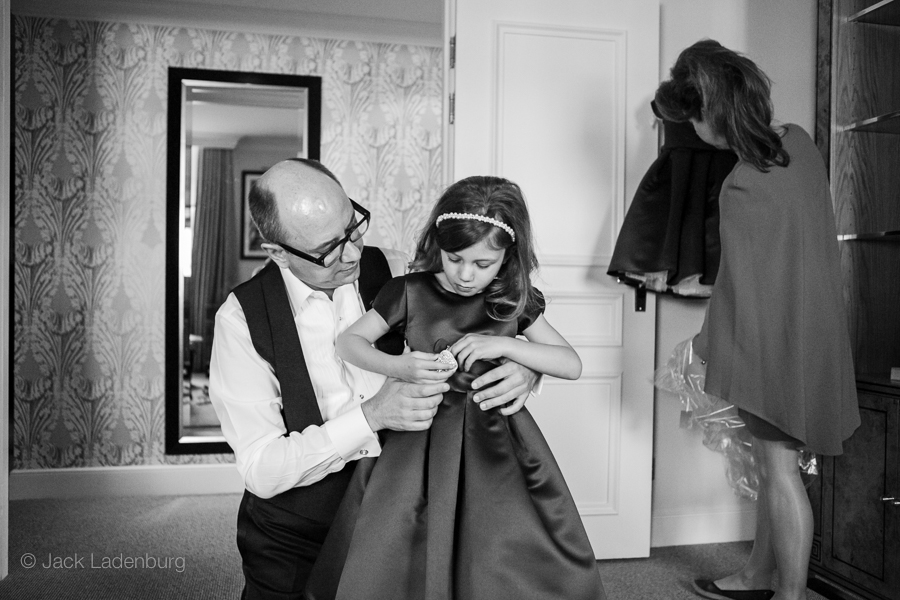 london-wedding-photography-at-The-Ivy 003