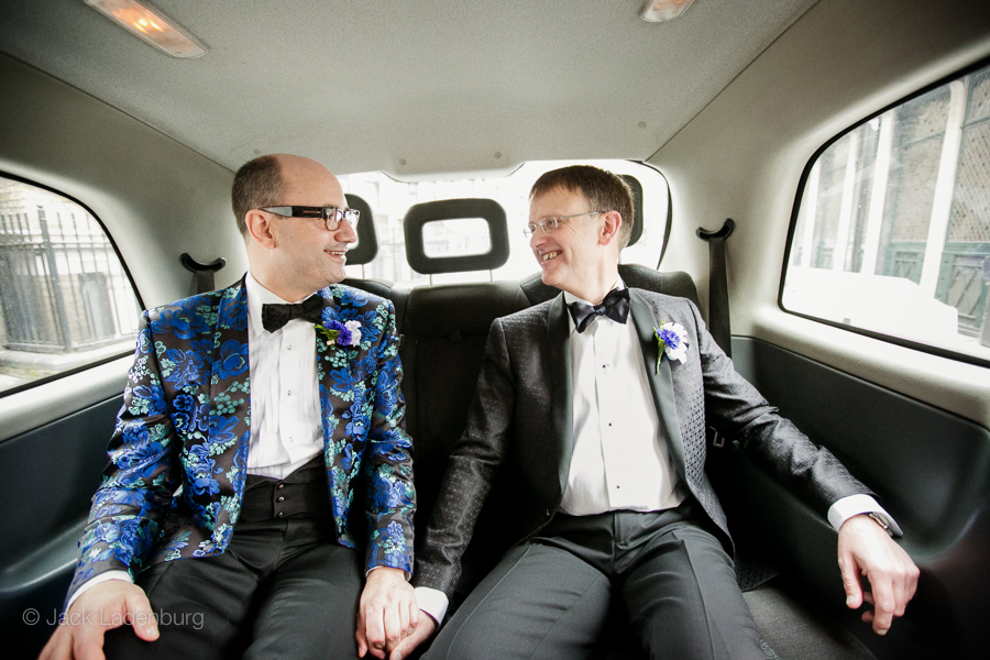 london-wedding-photography-at-The-Ivy 009