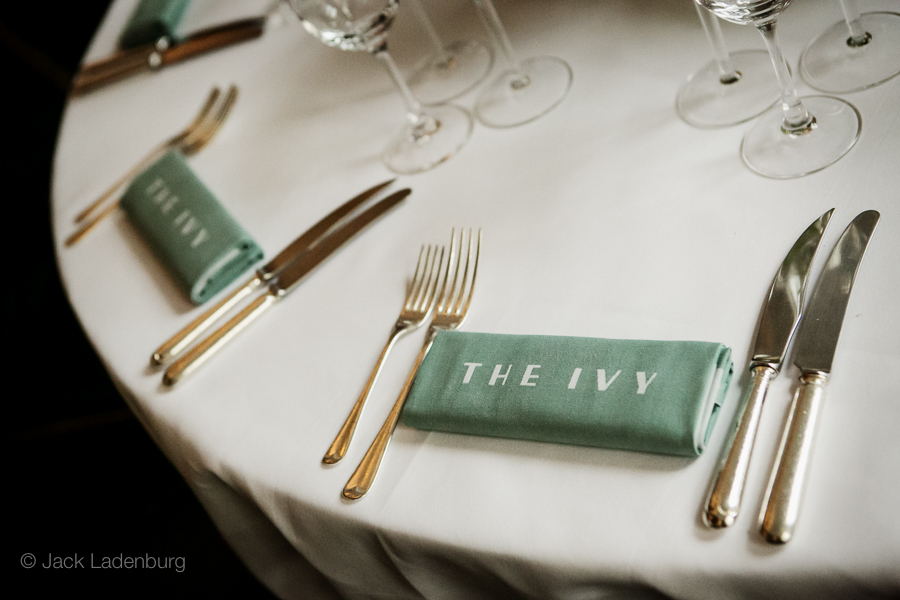 london-wedding-photography-at-The-Ivy 014