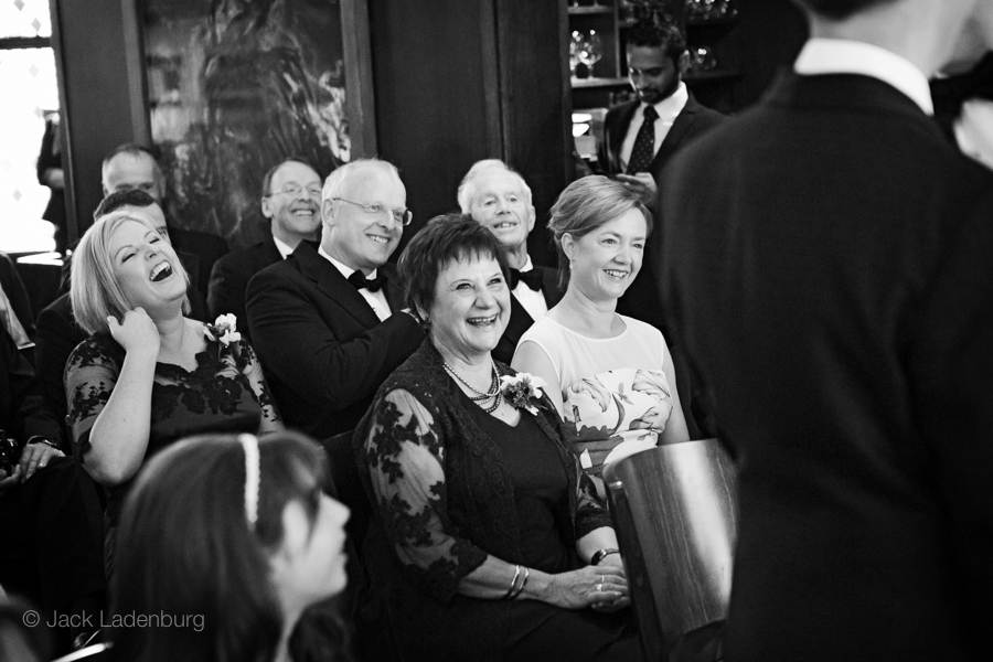 london-wedding-photography-at-The-Ivy 022