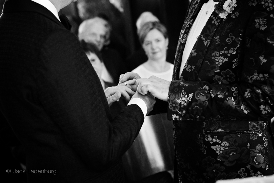 london-wedding-photography-at-The-Ivy 027