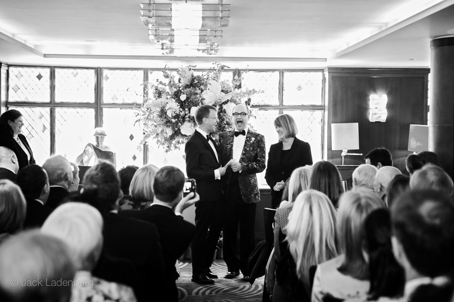 london-wedding-photography-at-The-Ivy 030