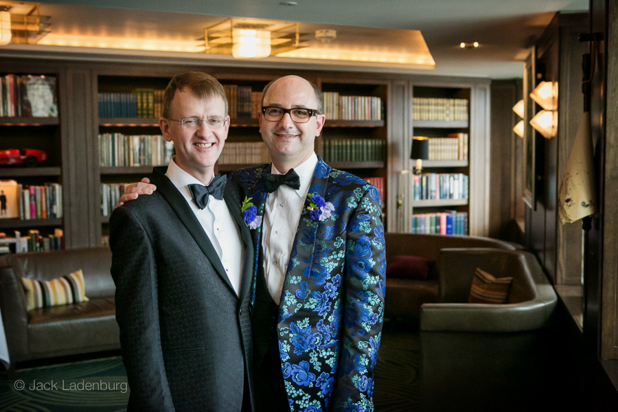 london-wedding-photography-at-The-Ivy 032