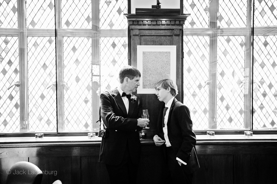 london-wedding-photography-at-The-Ivy 040