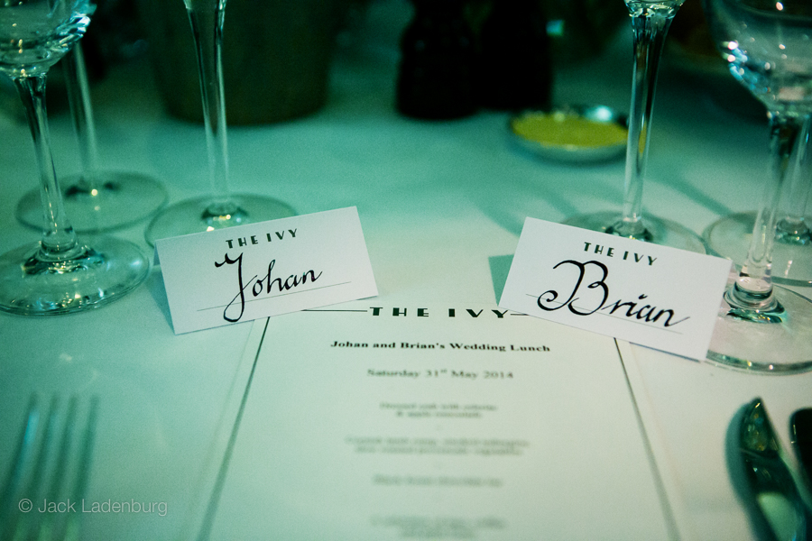 london-wedding-photography-at-The-Ivy 043
