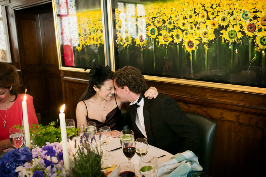 london-wedding-photography-at-The-Ivy 049