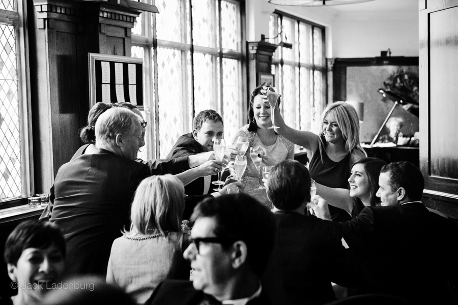 london-wedding-photography-at-The-Ivy 059