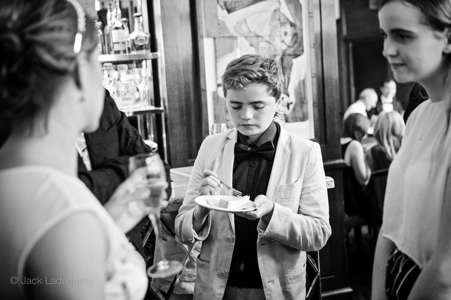 london-wedding-photography-at-The-Ivy 062