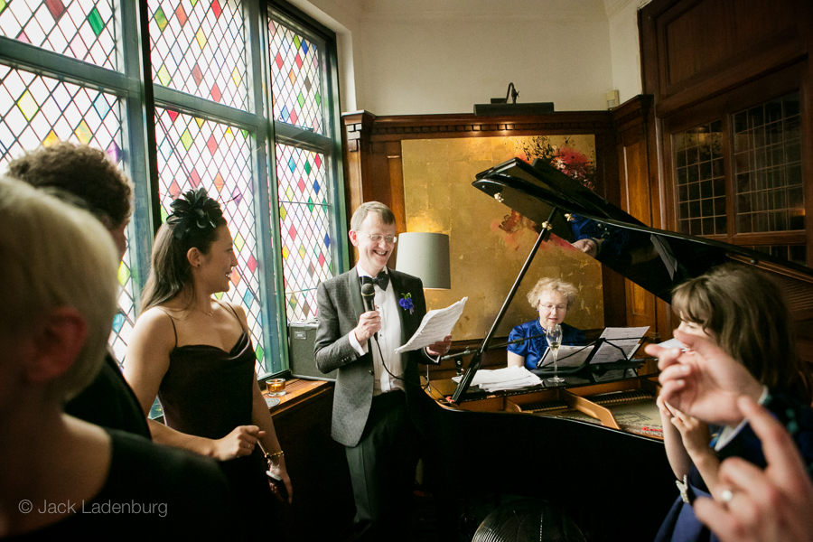 london-wedding-photography-at-The-Ivy 064