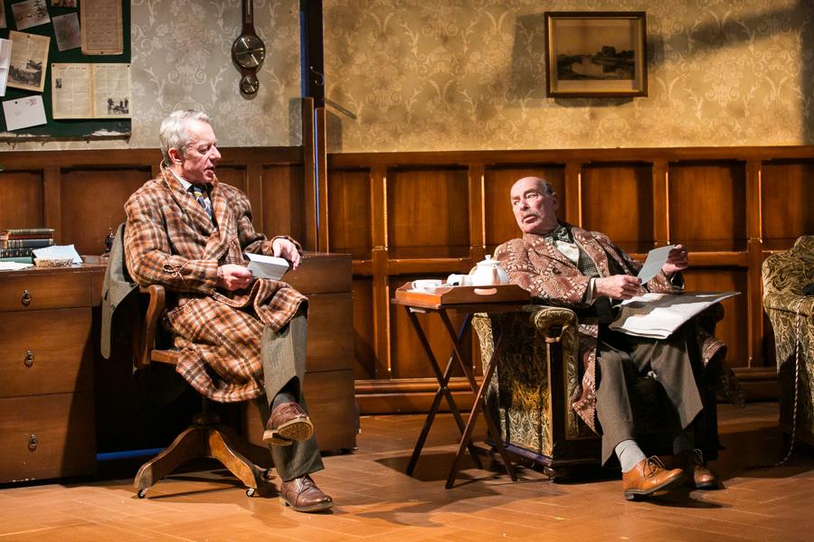 shadowlands-uk-theatre-tour-2016-photos 06