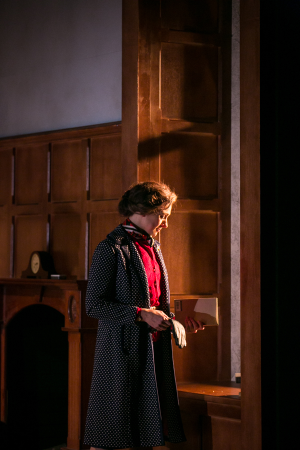 shadowlands-uk-theatre-tour-2016-photos 21